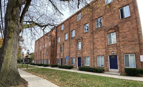 Apartments That Allow Pit Bulls in Michigan